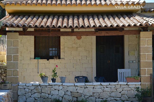 Casa vacanza avola archives for Casa di facciata in pietra